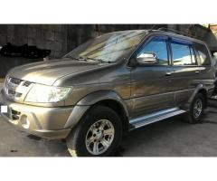 For Sale! Isuzu Crosswind Xuvi 650k Negotiable!