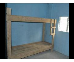 16 Door Room for Rent